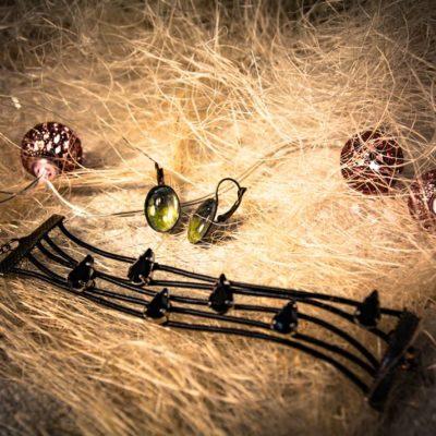 fundacja szpilka - piękne przedmioty biżuteria